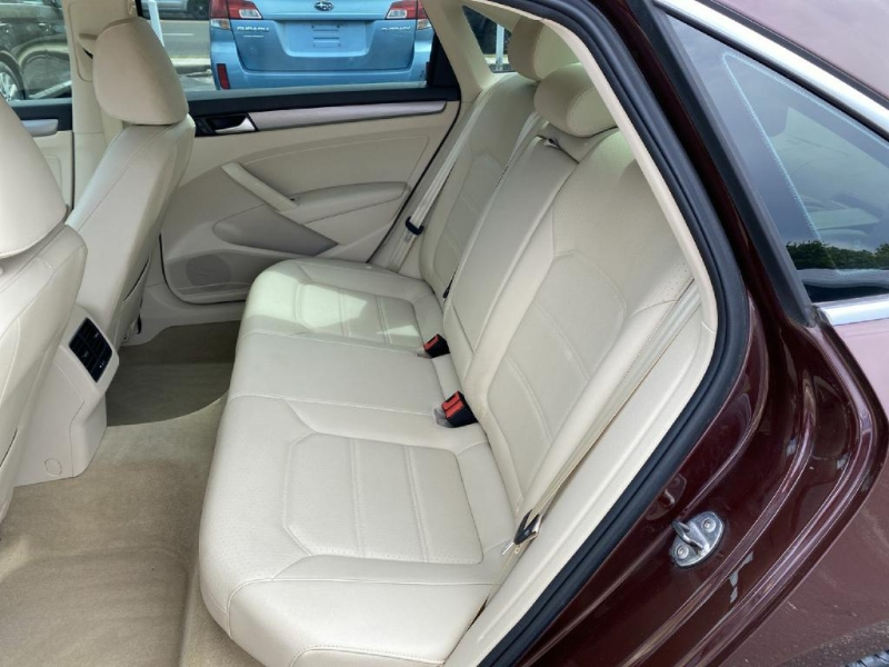Volkswagen Passat 2014 price $13,600
