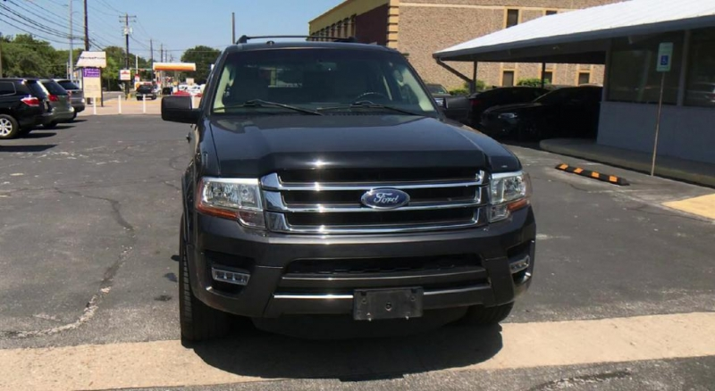 Ford Expedition EL 2015 price $15,500