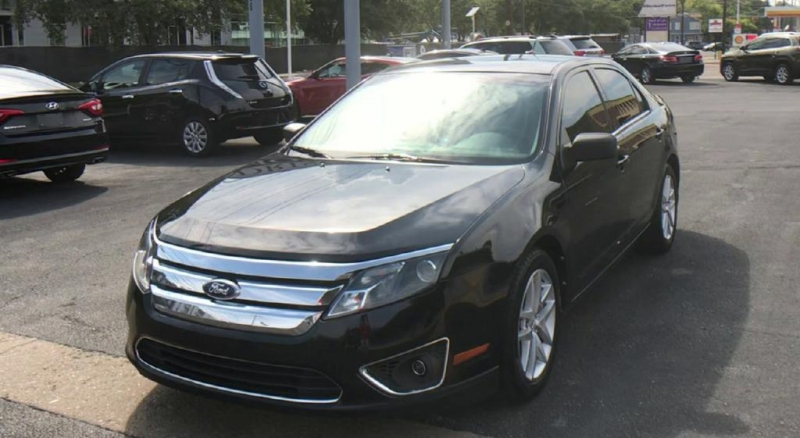 Ford Fusion 2011 price $6,900