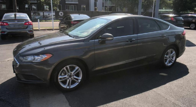 Ford Fusion 2018 price $14,900