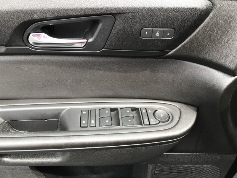 Chevrolet Traverse 2017 price $17,900