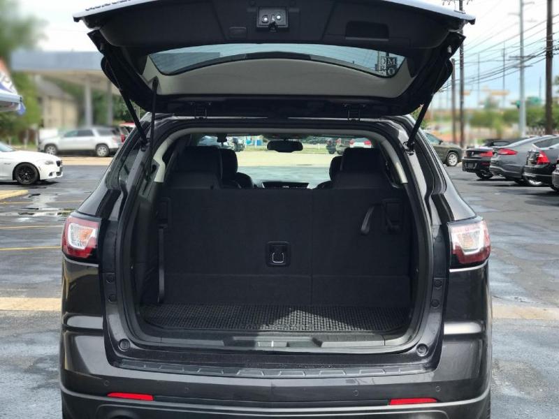 Chevrolet Traverse 2017 price $14,500