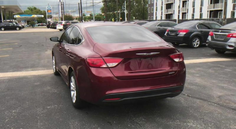 Chrysler 200 2016 price $12,900