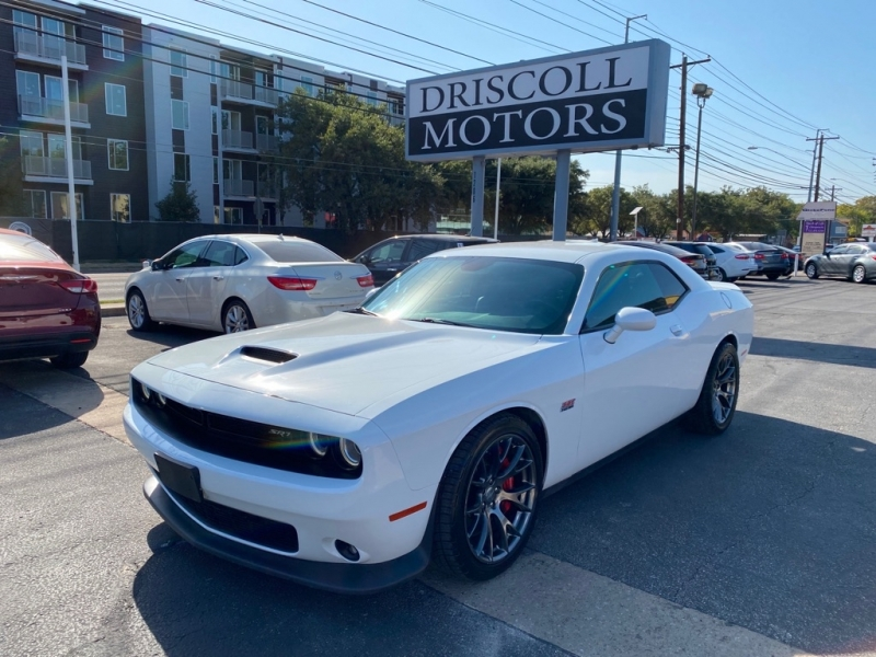 Dodge Challenger 2016 price $36,900