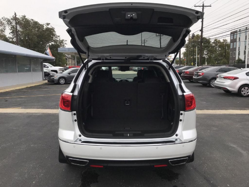 Buick Enclave 2016 price $24,500