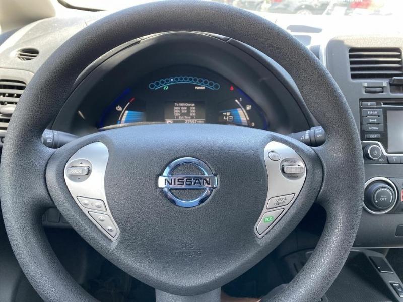Nissan LEAF 2016 price $8,900