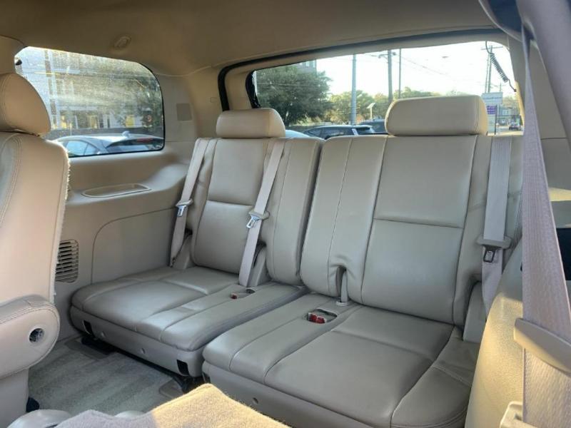 Cadillac Escalade 2010 price $15,700