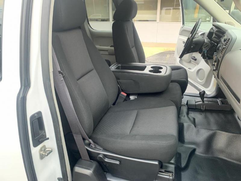 Chevrolet Silverado 2500HD 2013 price $18,600