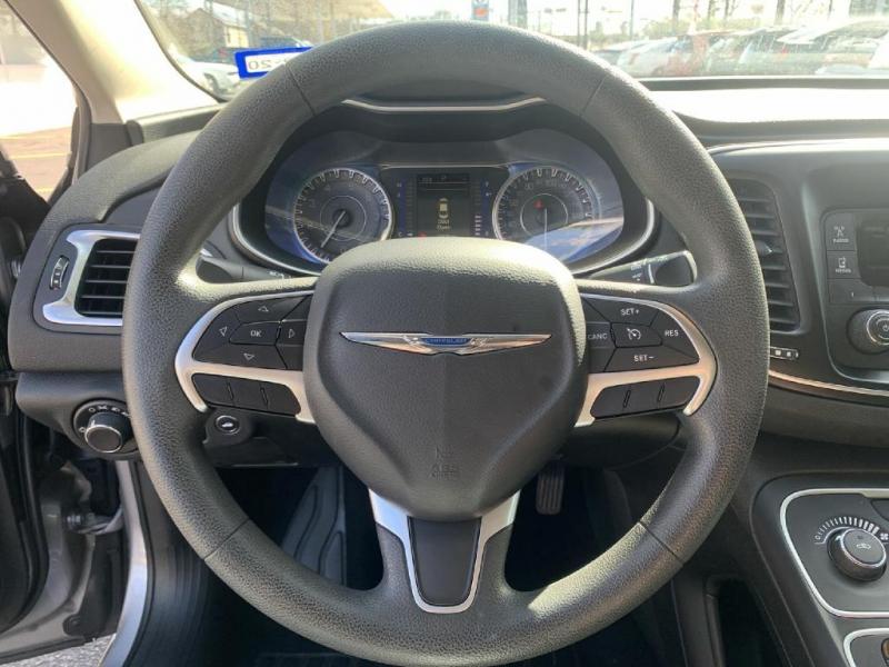 Chrysler 200 2016 price $13,500