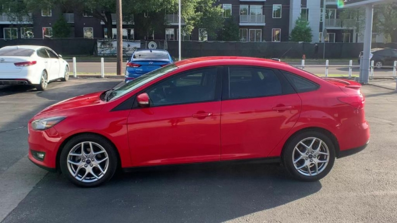 Ford Focus 2015 price $7,900