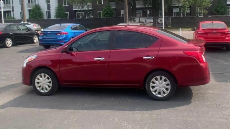 Nissan Versa 2018 price $11,900