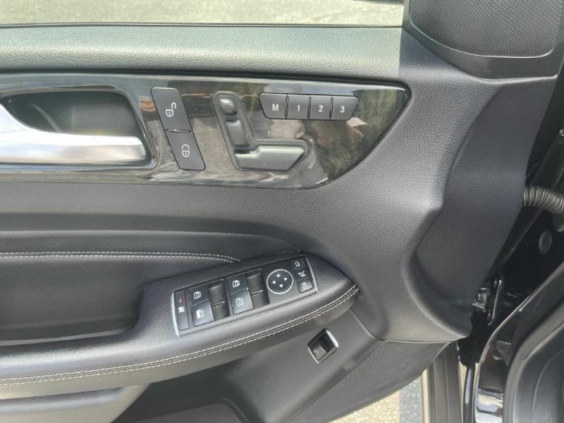 Mercedes-Benz M-Class 2015 price $20,900