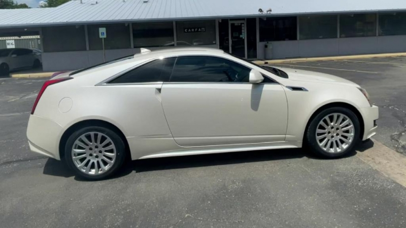 Cadillac CTS Coupe 2012 price $12,300