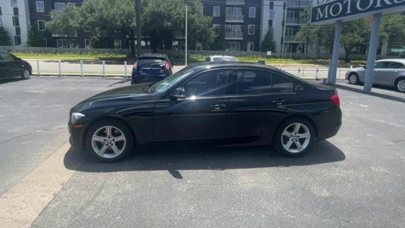 BMW 3 Series 2015 price $16,900