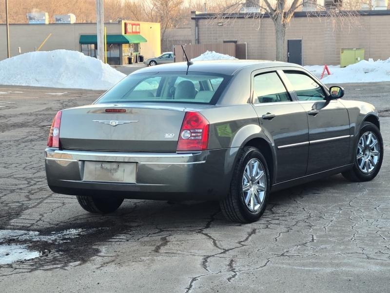Chrysler 300 2008 price $4,495 Cash