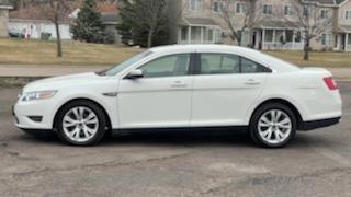Ford Taurus 2012 price $4,995 Cash