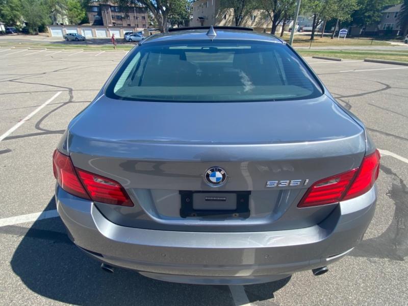 BMW 5-Series 2012 price $10,995 Cash