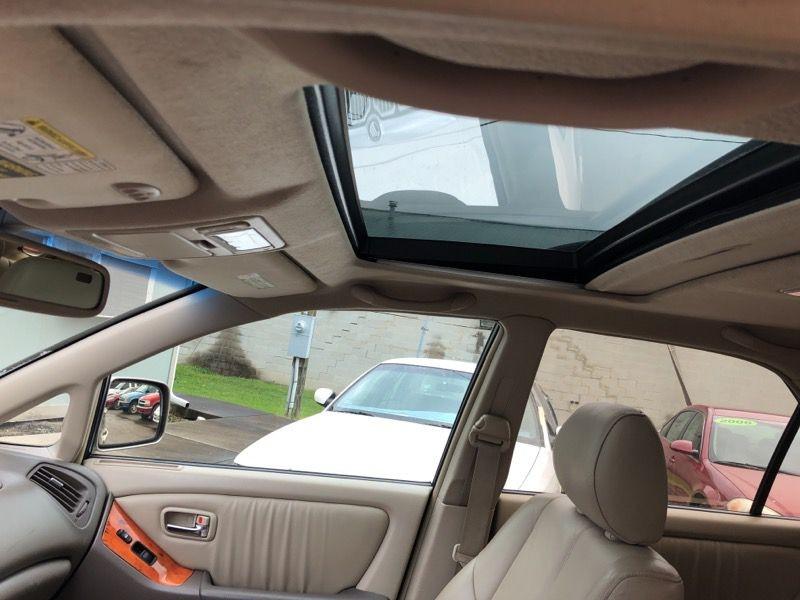 Lexus RX 2003 price $2,977