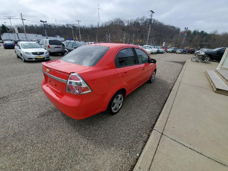 Chevrolet AVEO 2011 price $5,977