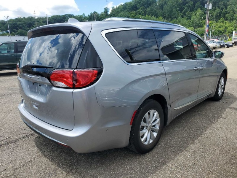 CHRYSLER PACIFICA 2018 price Call for Pricing.