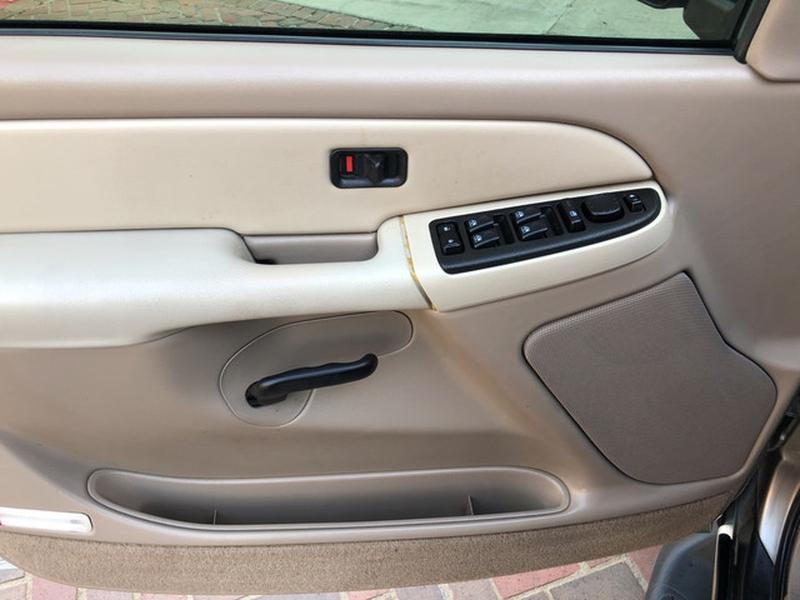 Chevrolet Tahoe 2003 price $5,498