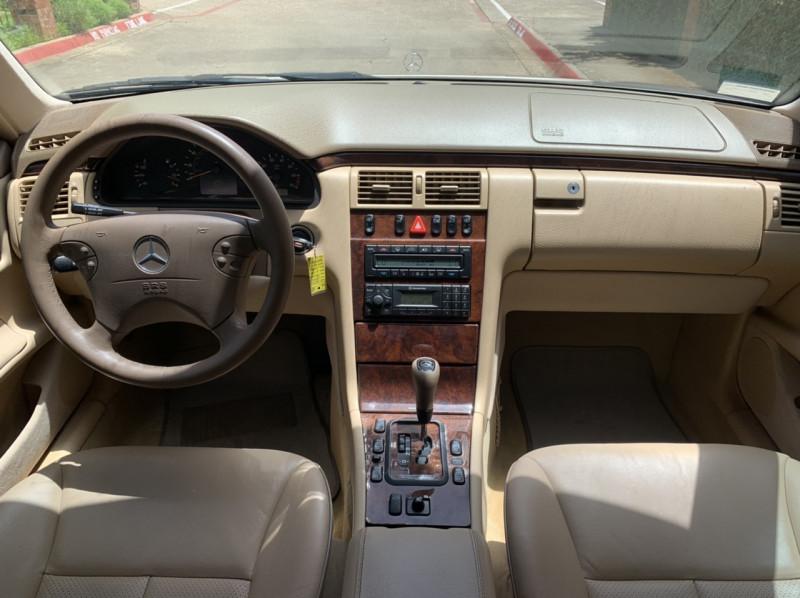 Mercedes-Benz E-Class 2000 price $5,498