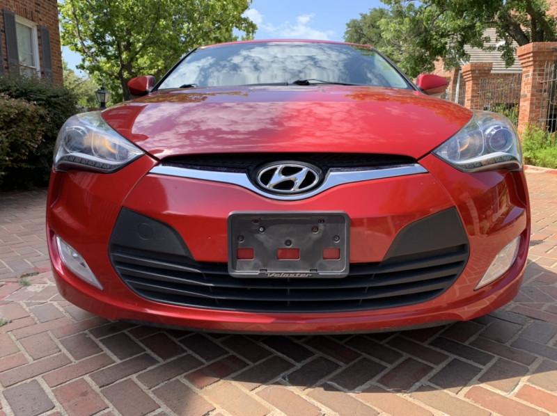 Hyundai Veloster 2014 price $8,998