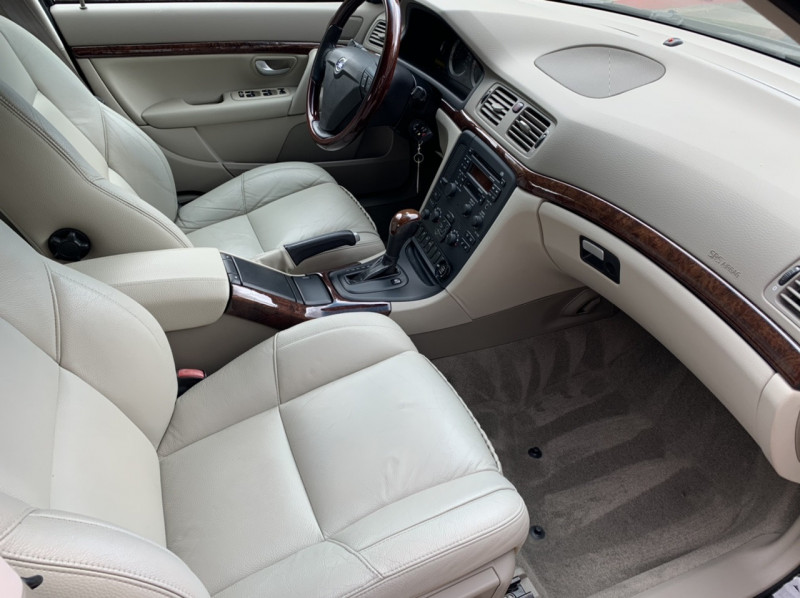 Volvo S80 2006 price $7,798