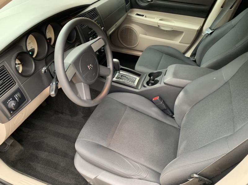 Dodge Magnum 2006 price $4,998