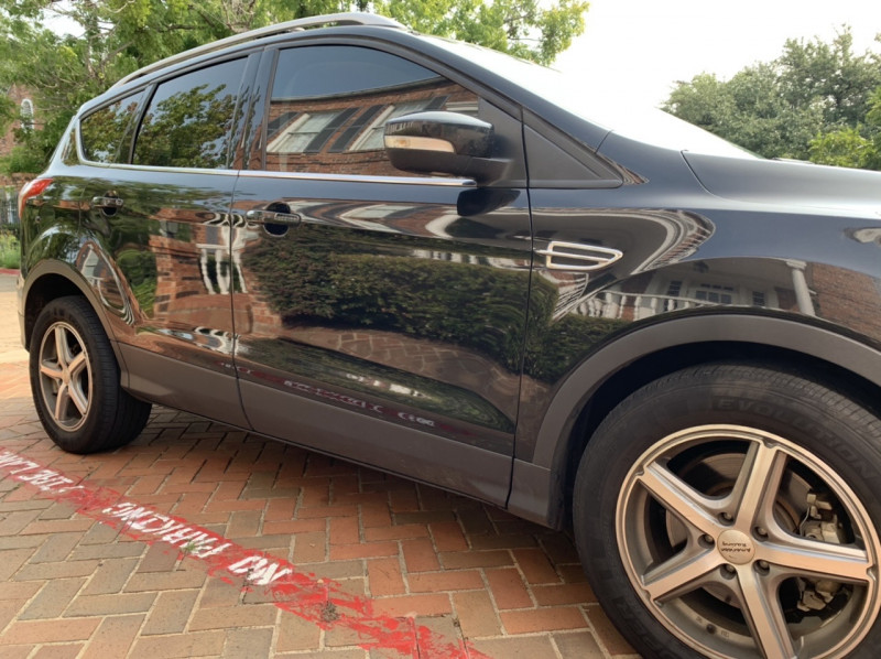 Ford Escape 2015 price $7,498