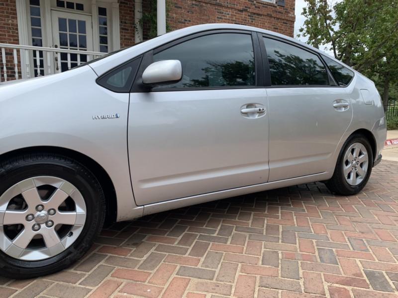 Toyota Prius 2006 price $5,498