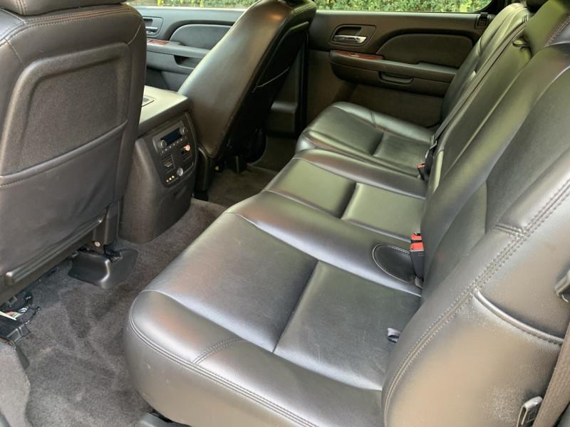 Chevrolet Avalanche 2010 price $12,998