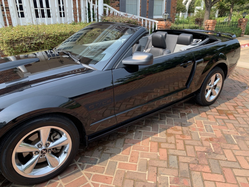 Ford Mustang 2008 price $13,998