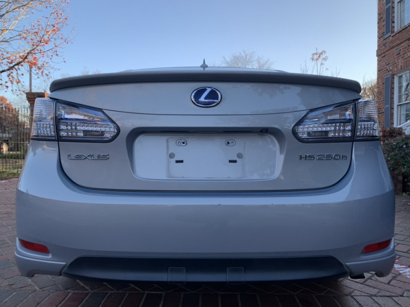 Lexus HS 250h 2010 price $9,998