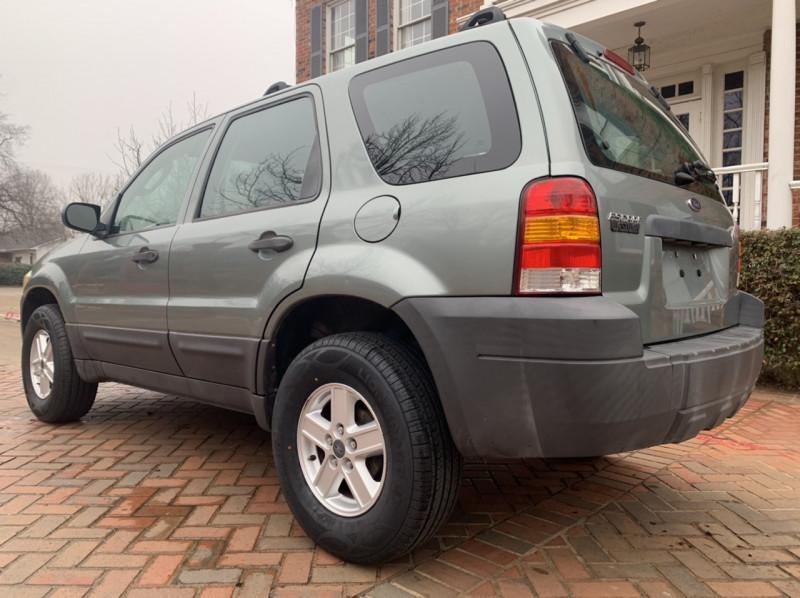 Ford Escape 2006 price $4,998