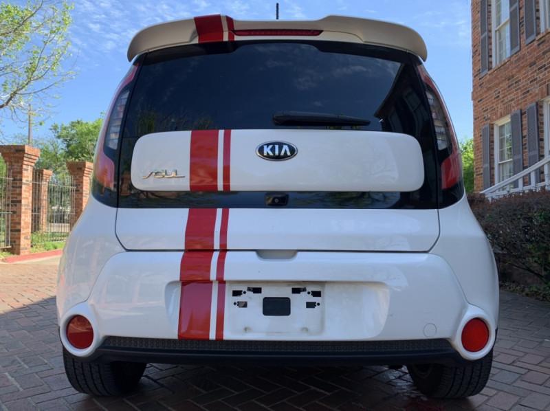 Kia Soul 2014 price $8,998