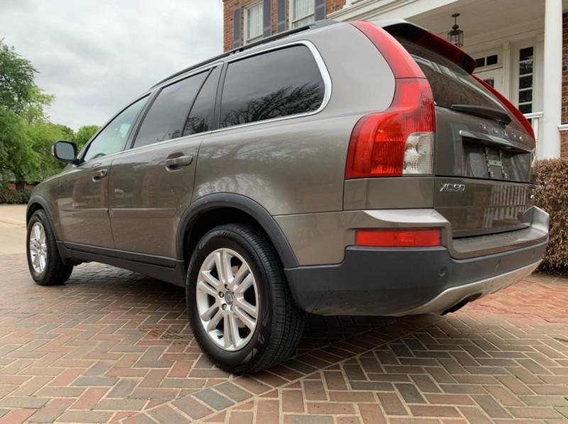 Volvo XC90 2010 price $6,998
