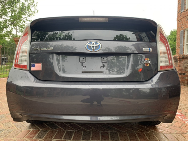 Toyota Prius 2013 price $6,498