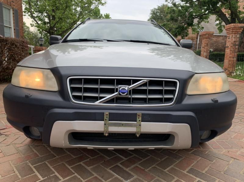 Volvo XC70 2005 price $5,798