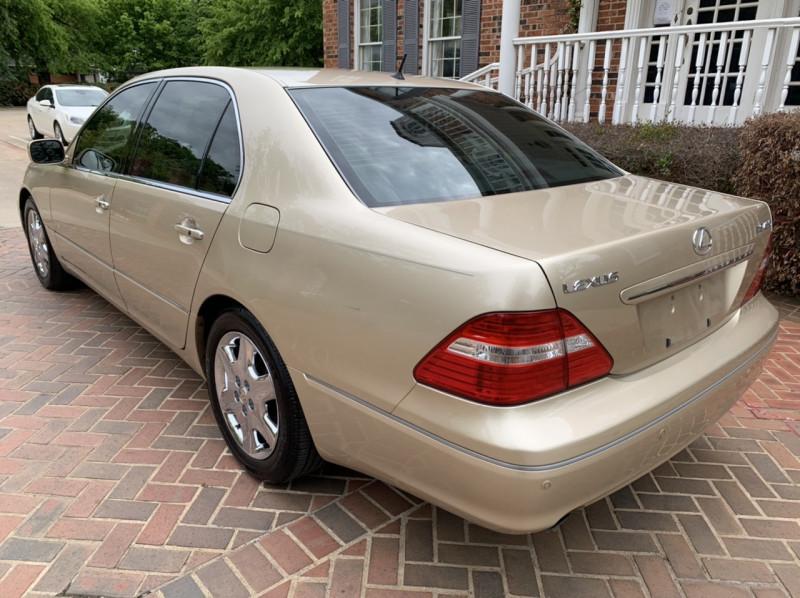 Lexus LS 430 2004 price $9,998