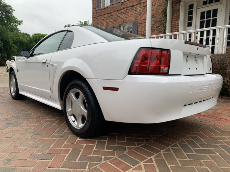 Ford Mustang 2004 price $4,798