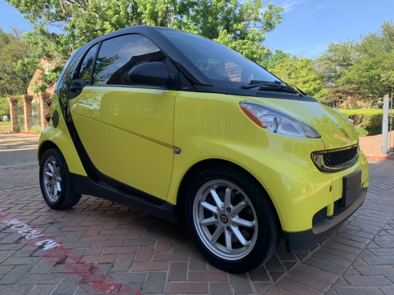 Smart fortwo 2008 price $5,998