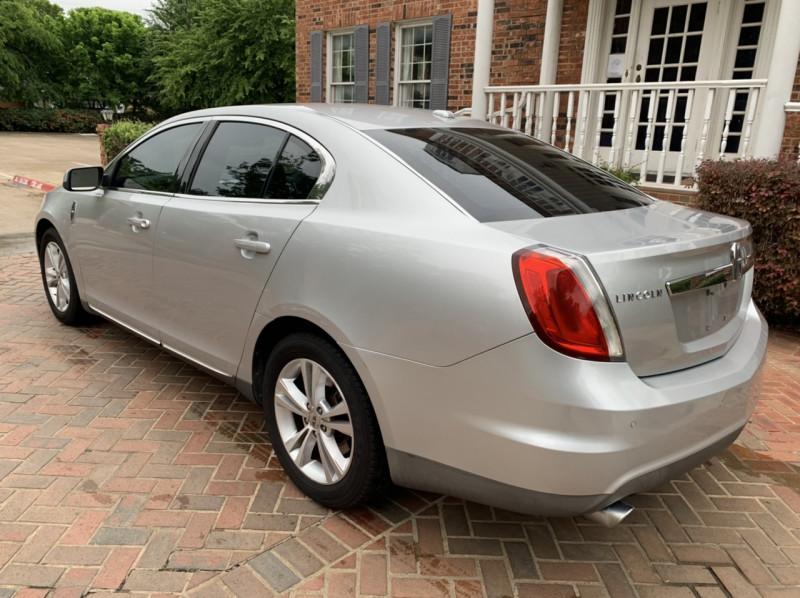 Lincoln MKS 2009 price $8,998
