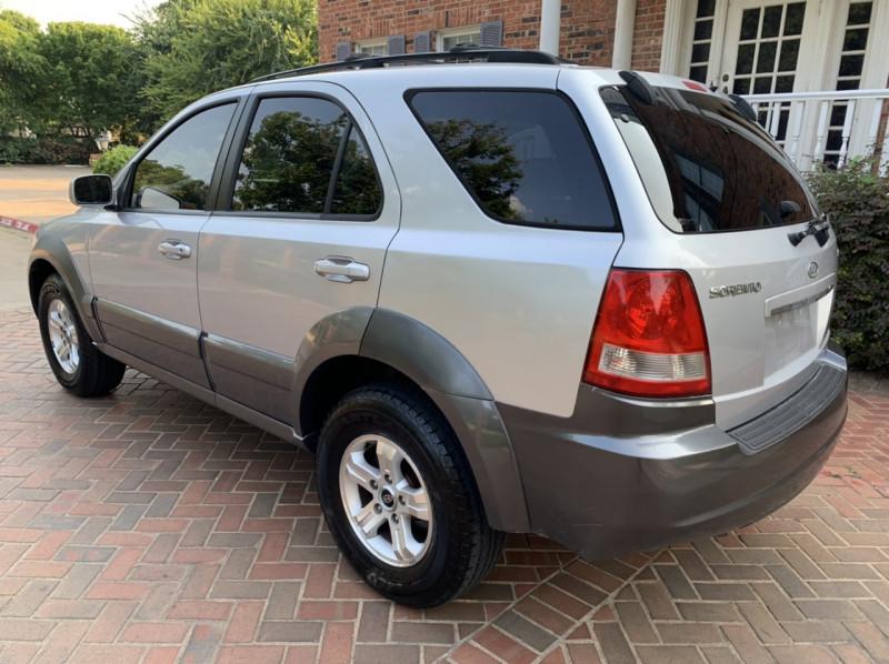 Kia Sorento 2005 price $6,498