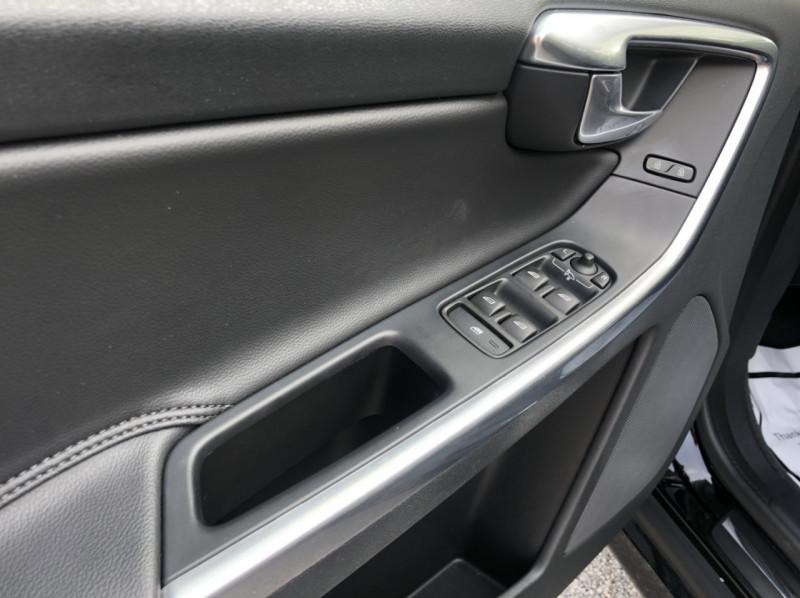 Volvo XC60 2015 price $15,998