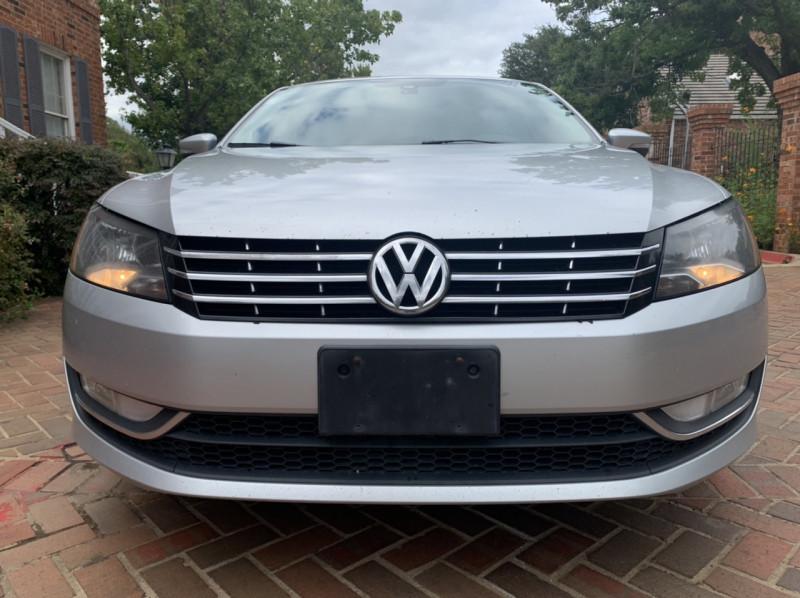 Volkswagen Passat 2014 price $7,998