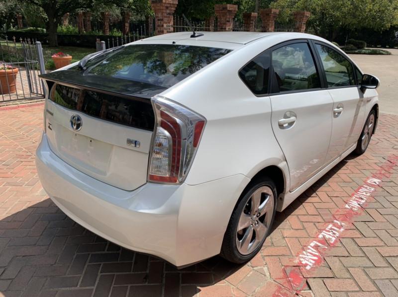 Toyota Prius 2013 price $7,998