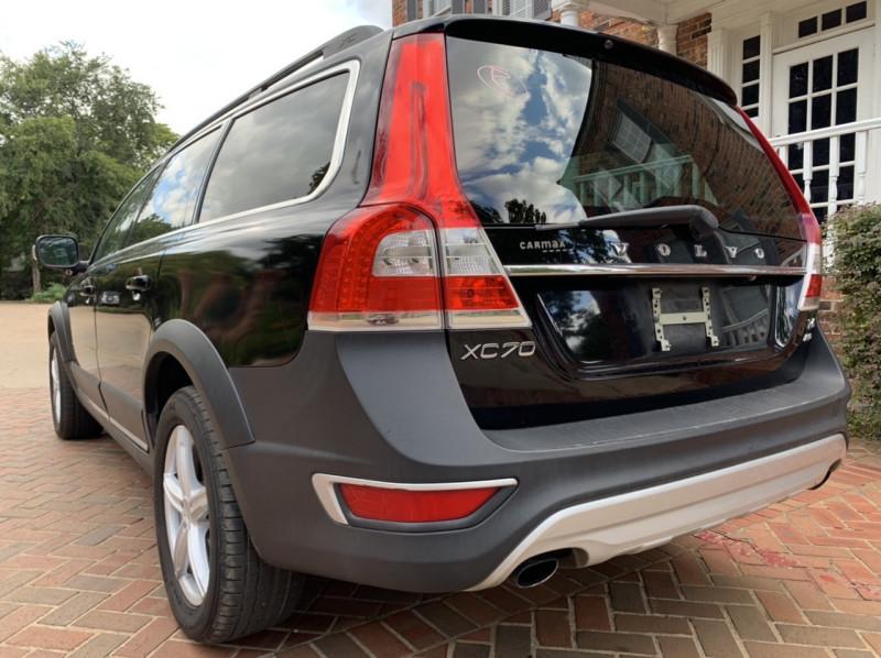 Volvo XC70 2014 price $11,998