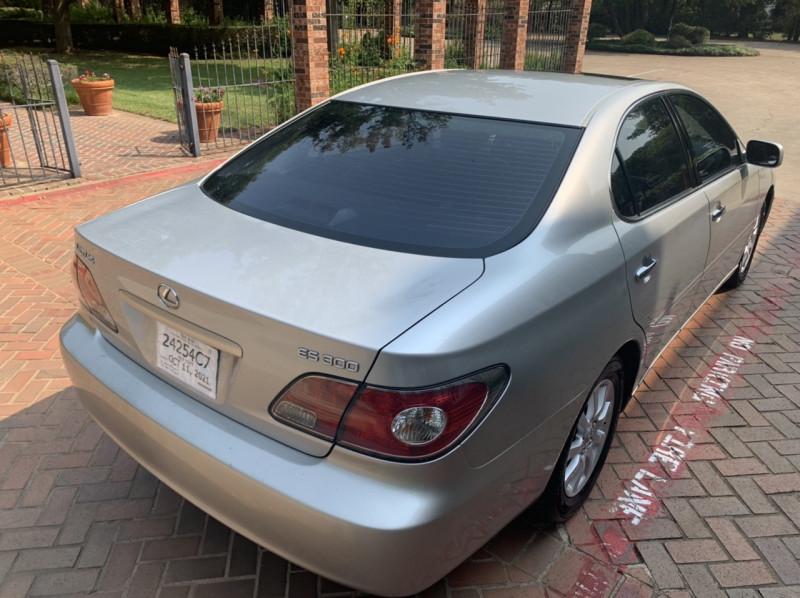 Lexus ES 300 2002 price $4,998