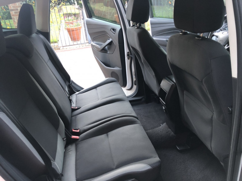 Ford Escape 2015 price $10,498